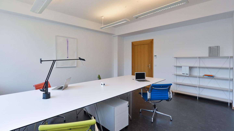 Dětský dům - interiér kanceláře